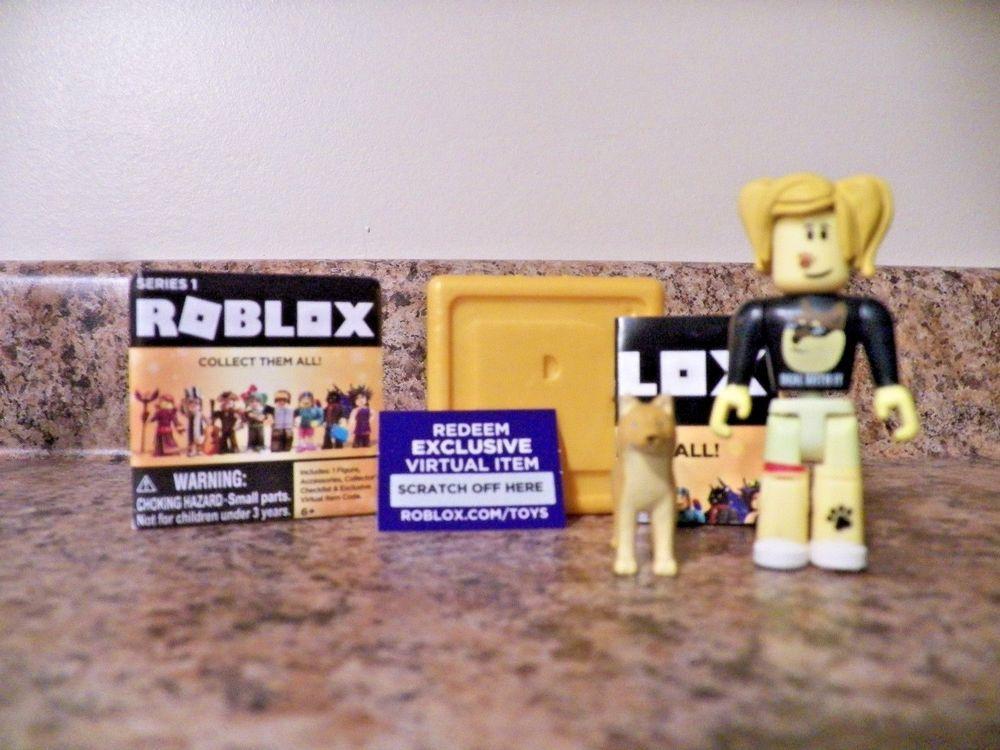 Roblox Celebrity Gold Series 2 CALLMEHBOB Figure Brand New w// Unused Code