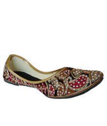 Vayu Multicolor Satin Embroidary Round Toe Flat Juties