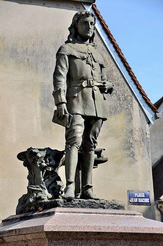 La Ferté-Milon - Statue de Jean Racine enfant | Outdoor, Garden sculpture, Character