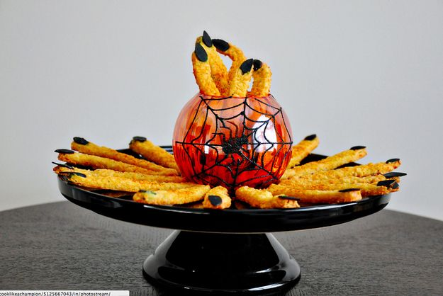 Cheddar Witches' Fingers | 29 Party Snacks That Are Perfect For Halloween
