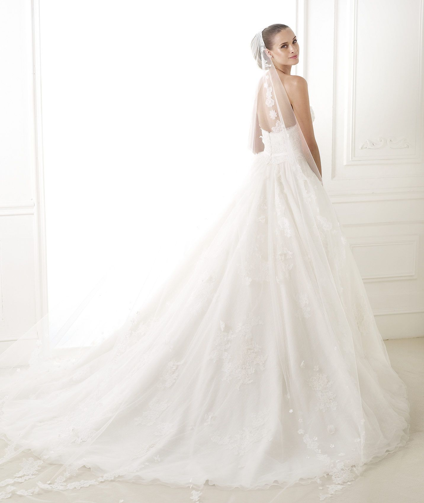 Espectacular 2015Wedding Pronovias De Corte Vestido Princesa hdQxCtsrBo