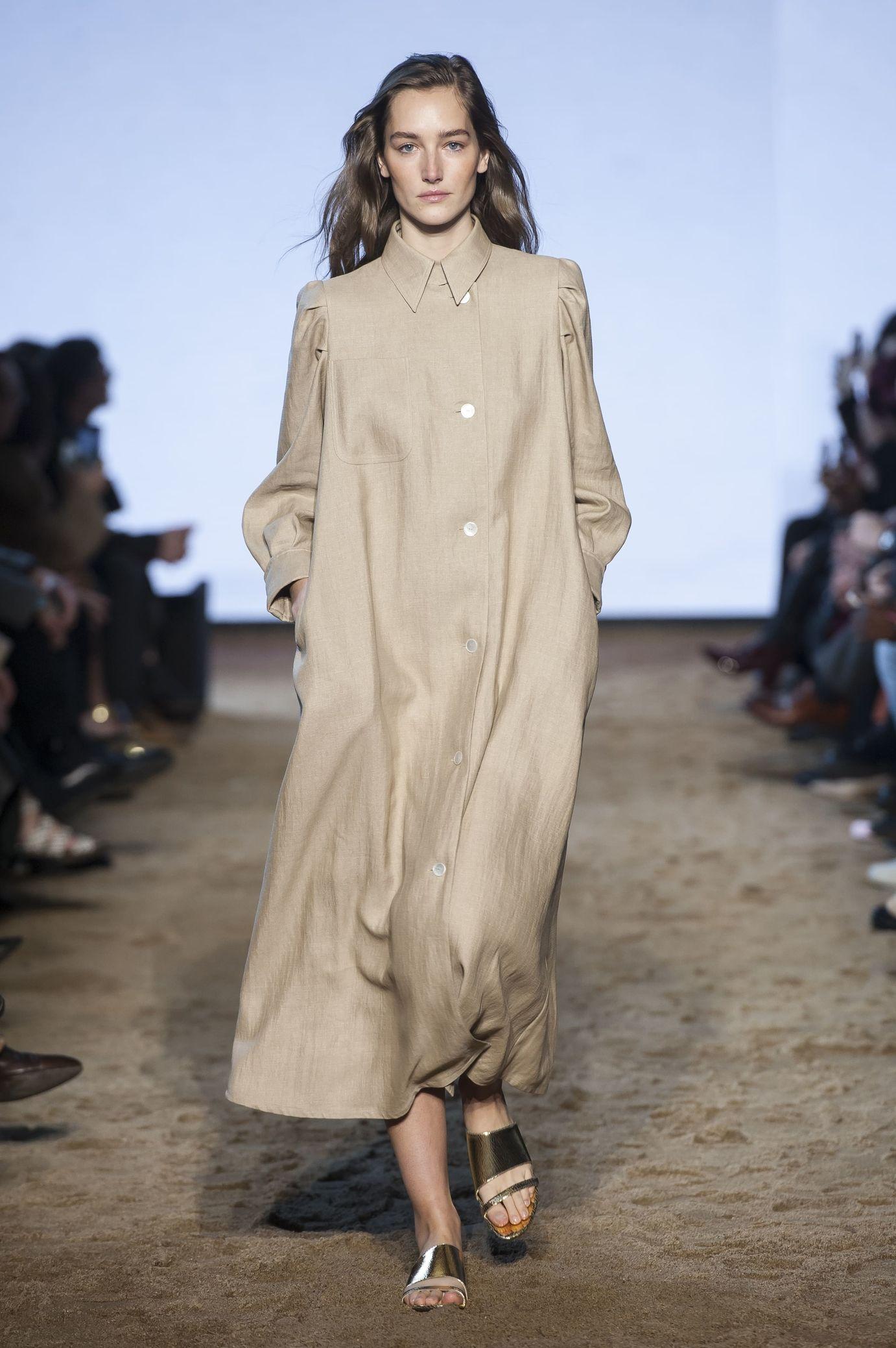 bd8478269fc Massimo Dutti Ready-to-wear Fall Winter 2018-2019 READY-TO-WEAR Fashion Show