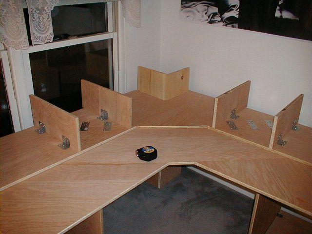 the diy multi level desk by unsat rbd desk in 2019 desk woodworking desk plans hobby desk. Black Bedroom Furniture Sets. Home Design Ideas