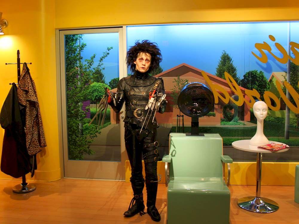 Madame tussauds hollywood edward scissorhands wax figure