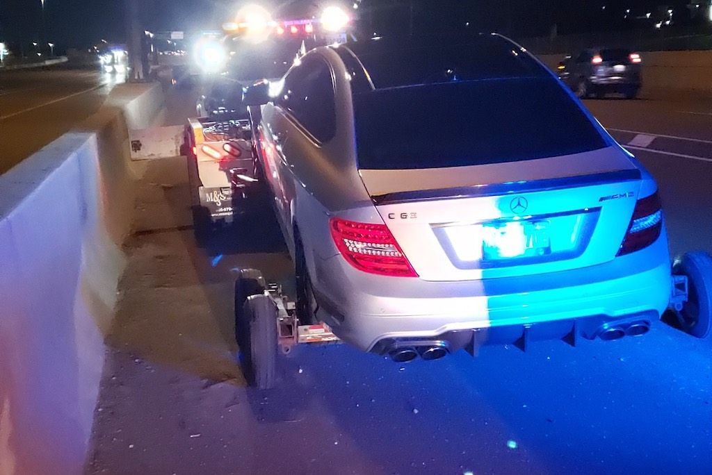 Politie Betrapt 19 Jarige Met 308 Km U In C63 Amg Autoblog Nl In 2020 Politie Mercedes Ontario