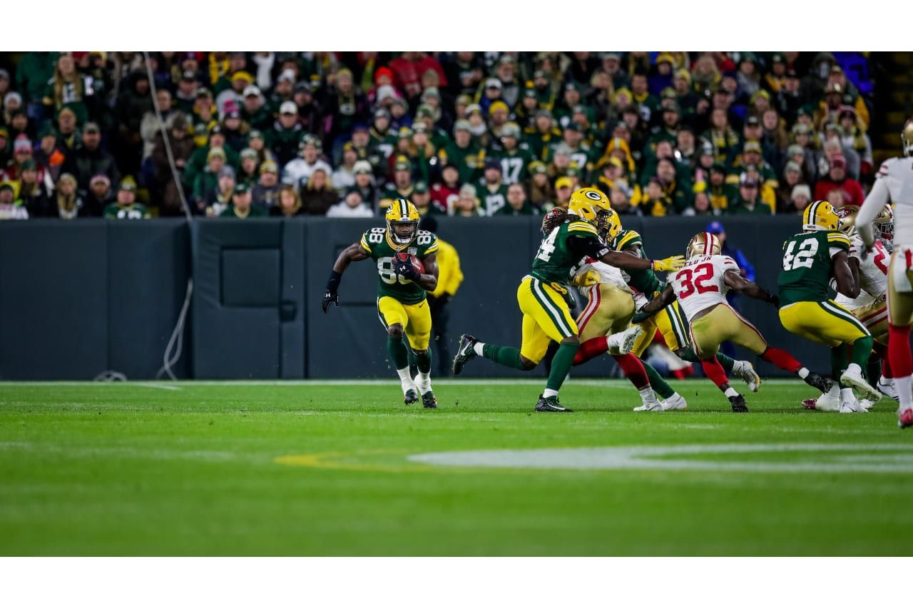Pin By Justin Lee On San Francisco And Green Bay Nfl Packers 49ers Packers 49ers Vs Packers
