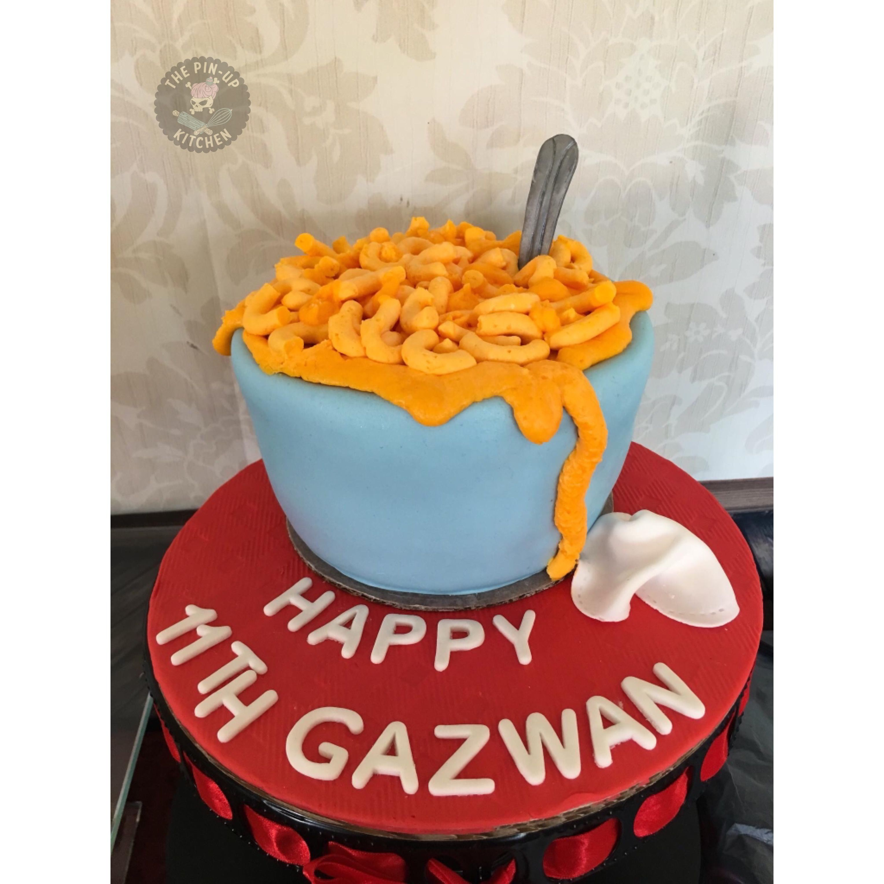 Mac N Cheese Cake Buttercream Fondant With Images Cake