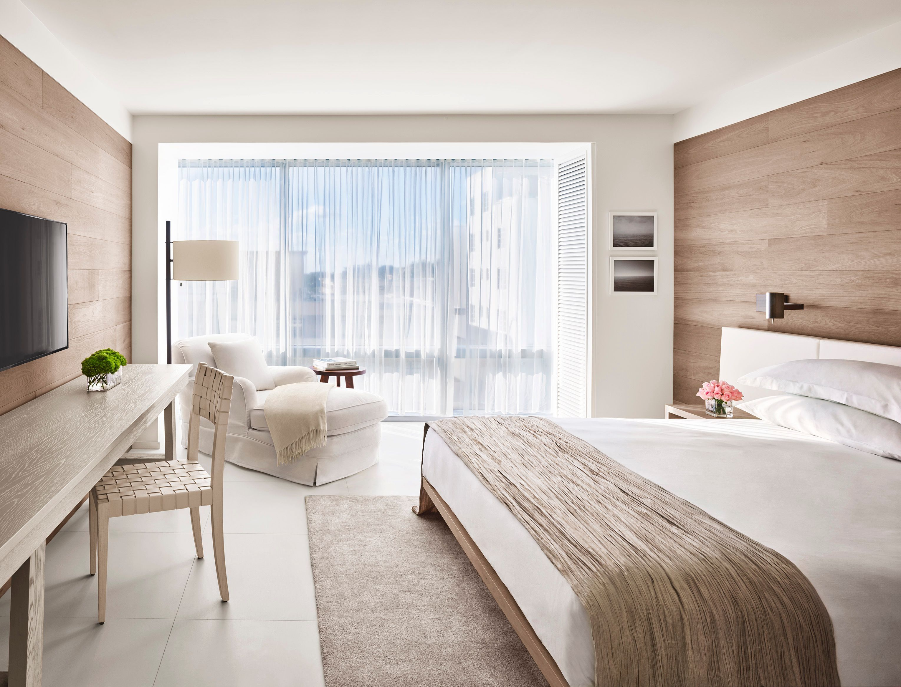 Yabu pushelberg the miami beach edition bedroom luxury for Luxury hotel bedroom interior design