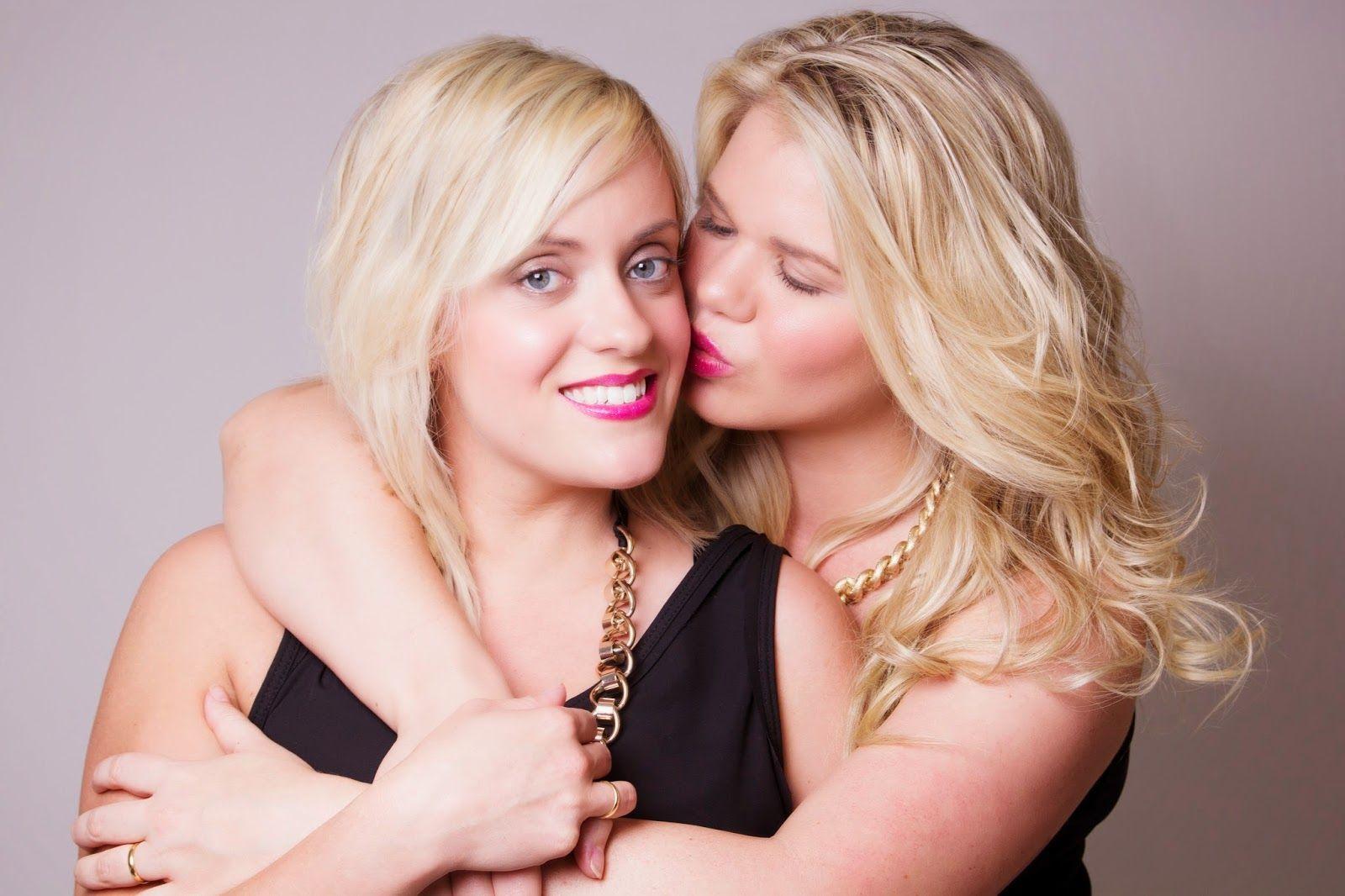 Lipstick lesbian pics