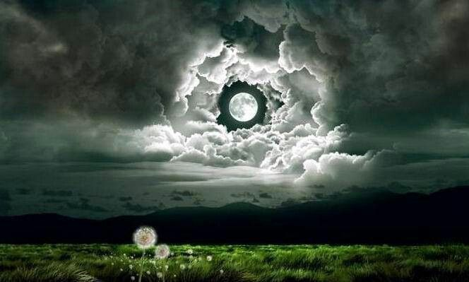 Eyes In The Sky Beautiful Moon Clouds Nature