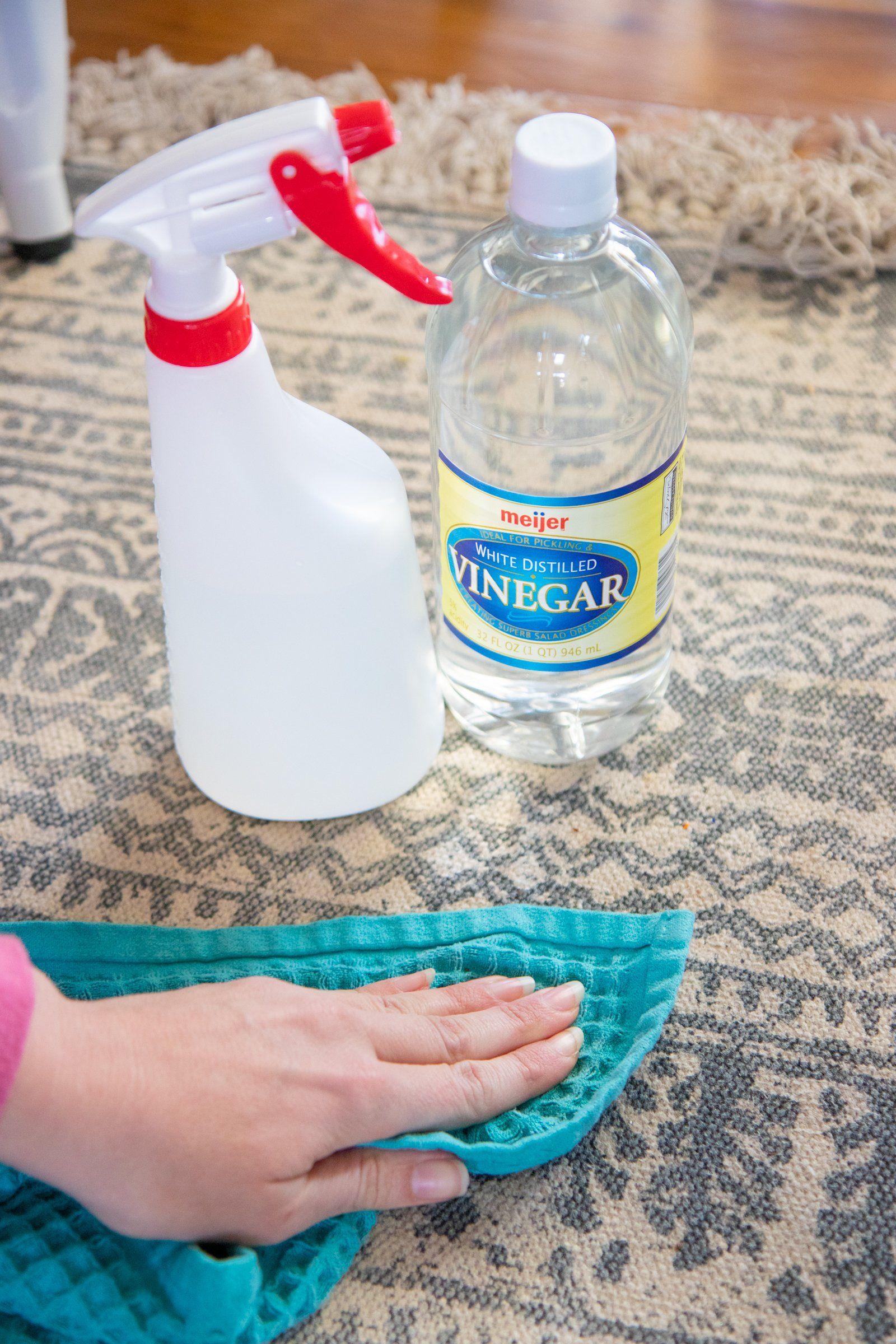 25 Ways To Clean With Vinegar Vinegar Cleaners Vinegar
