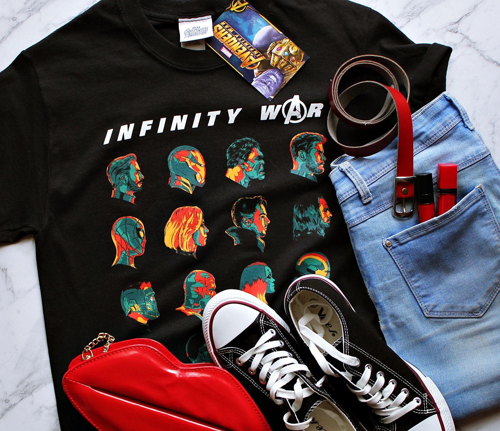 d3d985768 Bluzka marvel z nadrukiem AVENGERS INFINITY WAR - komiksowa koszulka z  marvela z superbohaterami. Koszulka