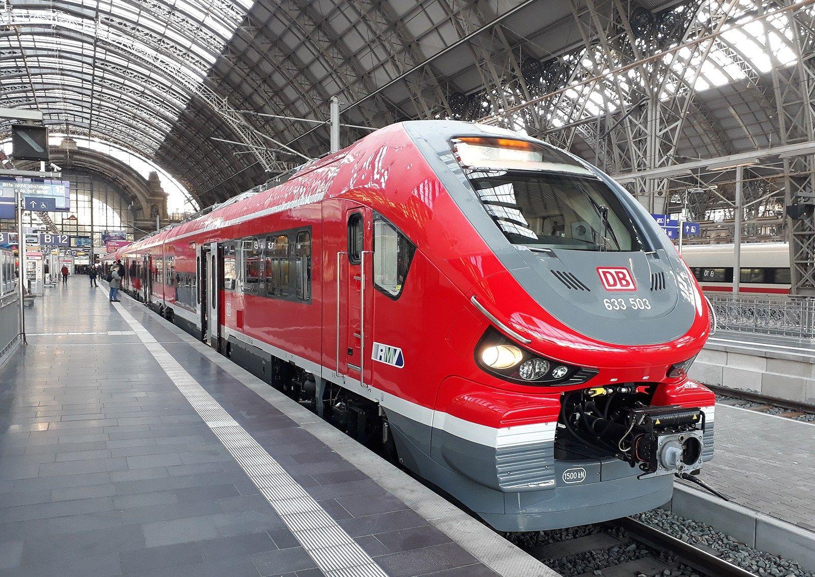 [DE] DB presents the Pesa Link for the Dreieichbahn