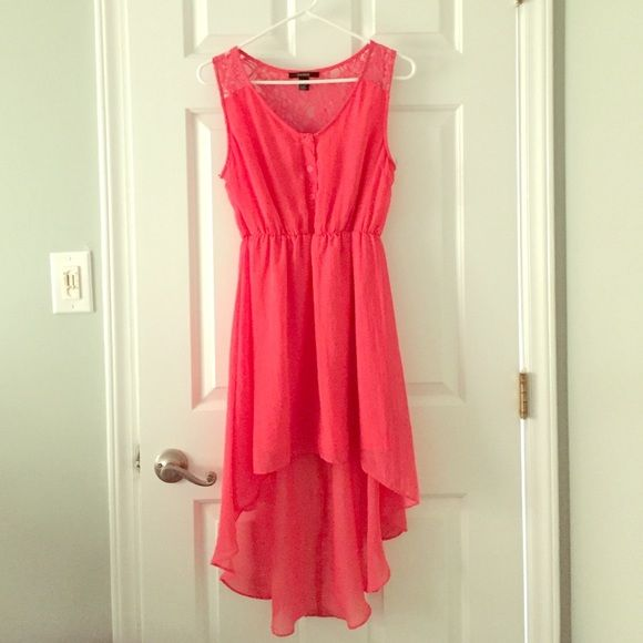 Coral High Low Dress Worn once size small high low dress. Four functional buttons on the front and lace detailing over the shoulders and half the back. Waist is synched with elastic. Super cute with wedges! Forever 21 Dresses High Low