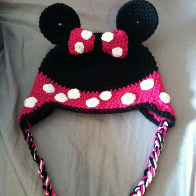 Made This Awesome Minnie Mouse Hat Today Crochet Knit