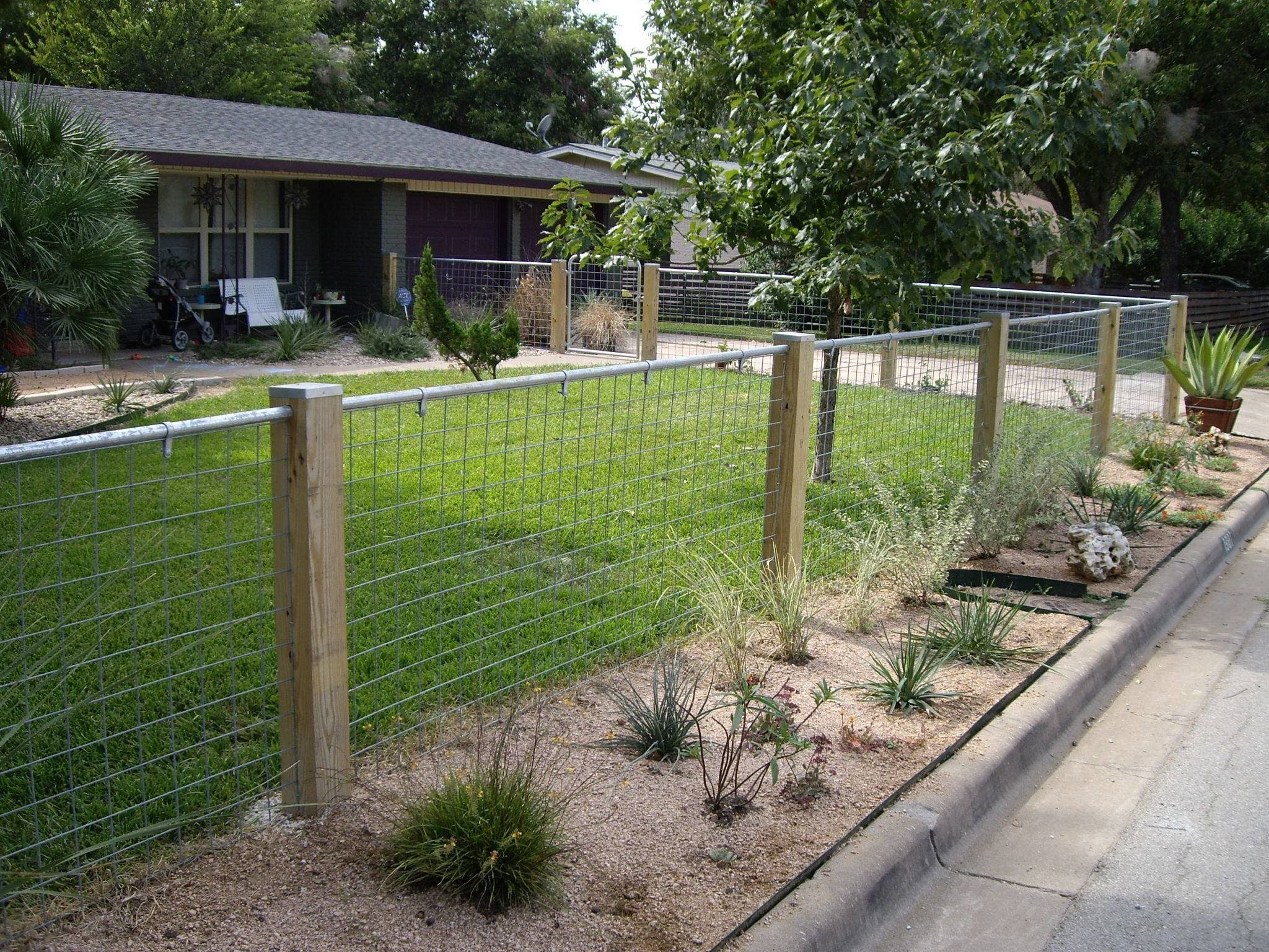 Best 25+ Wire fence panels ideas on Pinterest | Wire fence, Welded ...