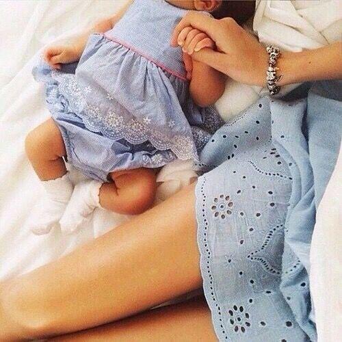 Vestido azul tal mãe tal filha