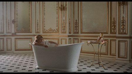 beautiful /Kirsten Dunst - Marie-Antoinette (2006) by quicheisinsane, via Flickr