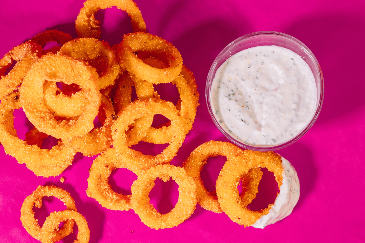 Cornmeal Onion Rings with Polenta (The Crunchiest ...