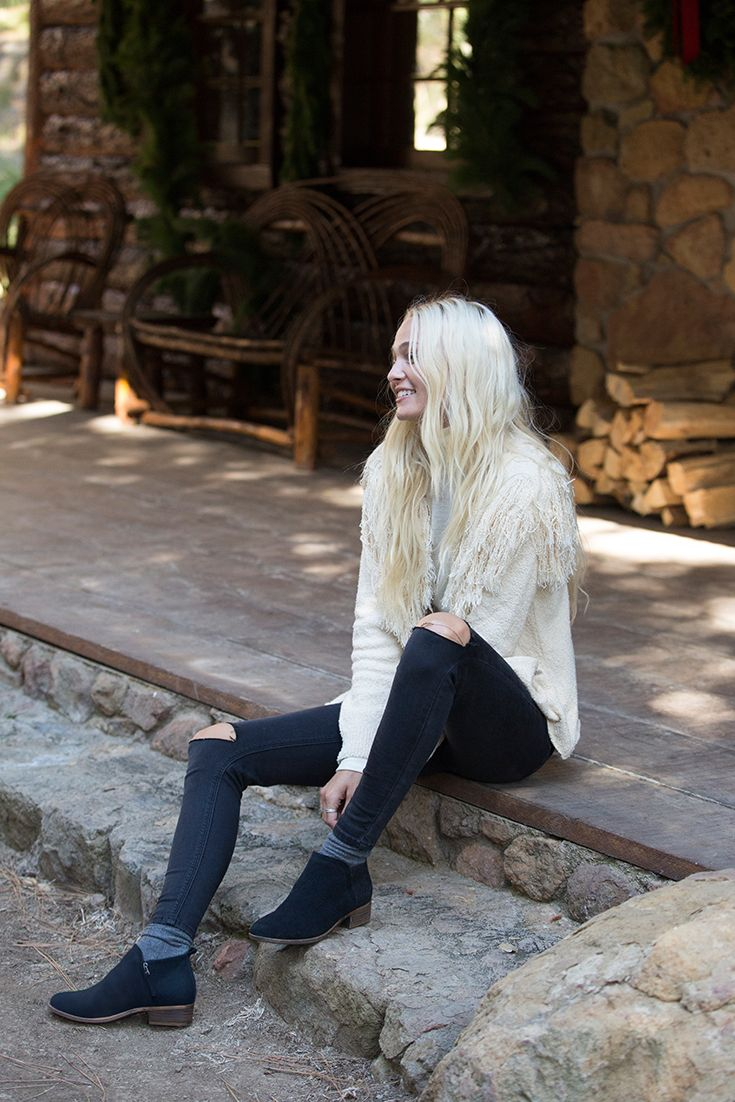 0f606f4ffd7 The TOMS Deia Booties are the perfect addition to any fall outfit. Pair  them with tights