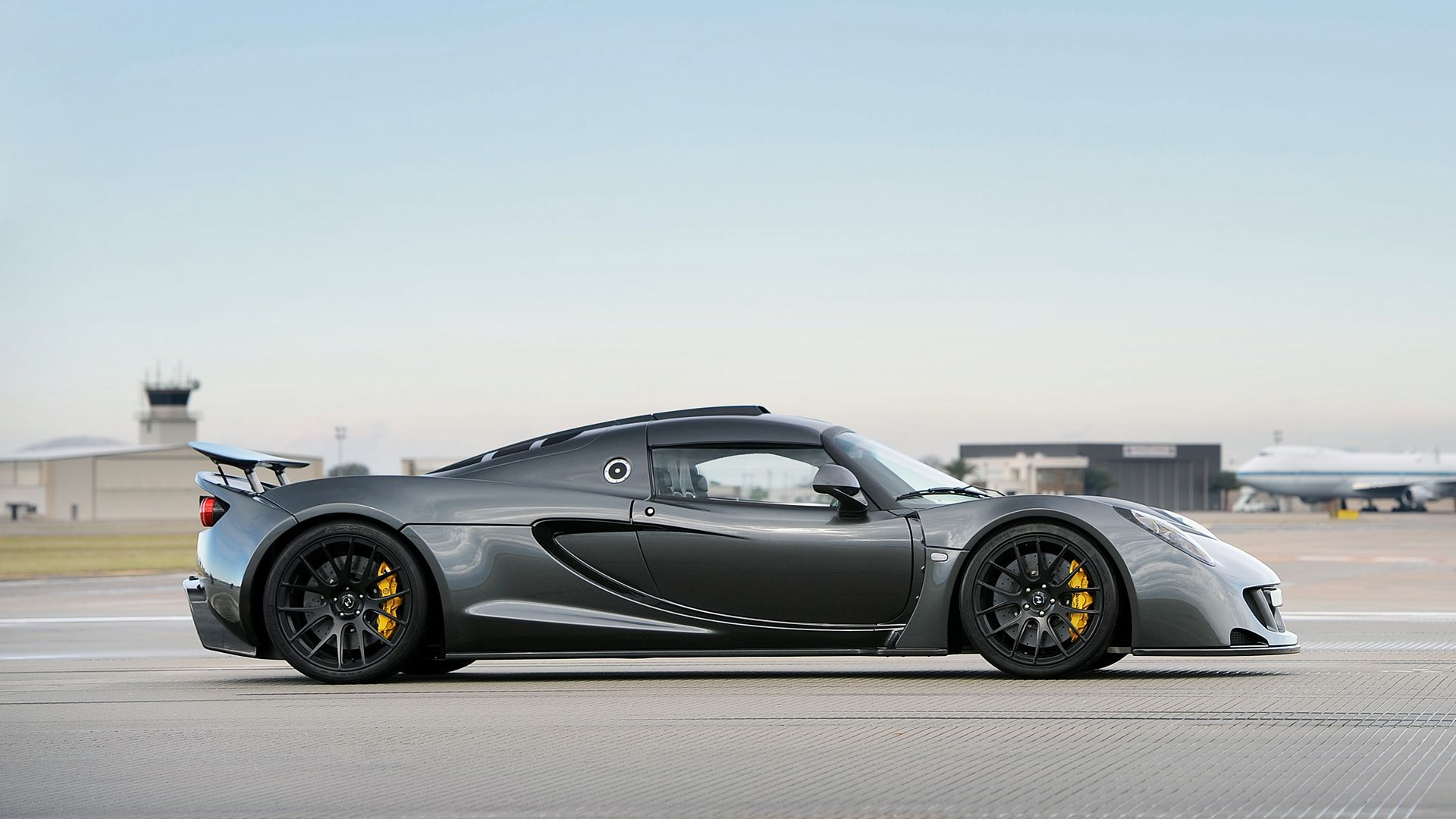 Pin On Anything On Wheels 2014 venom gt world speed record by