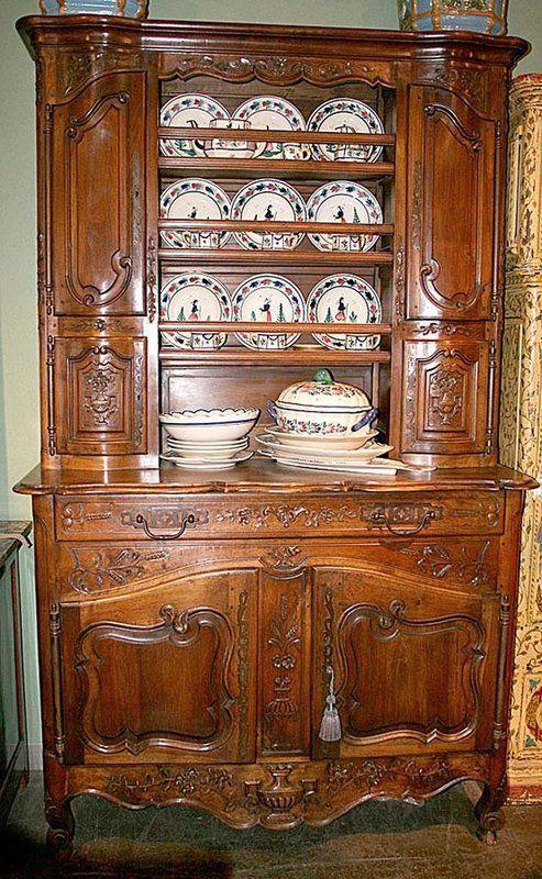 Louis Xv Style Walnut Vasselier Cf6243313 For Sale Antiques Com Classifieds Mobilier De Salon Meuble Bois Idee De Decoration