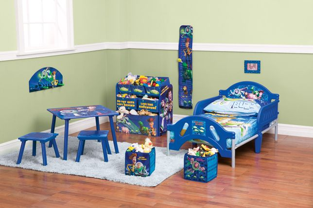 Win An Entire Toy Story Toddler Bedroom Set Family Movie Tickets