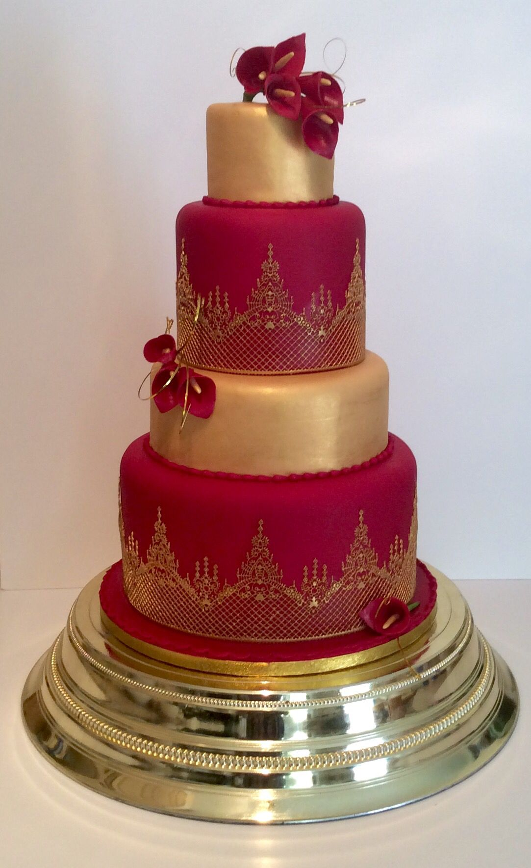 Red And Gold Asian Wedding Cake Red Cakes In 2019
