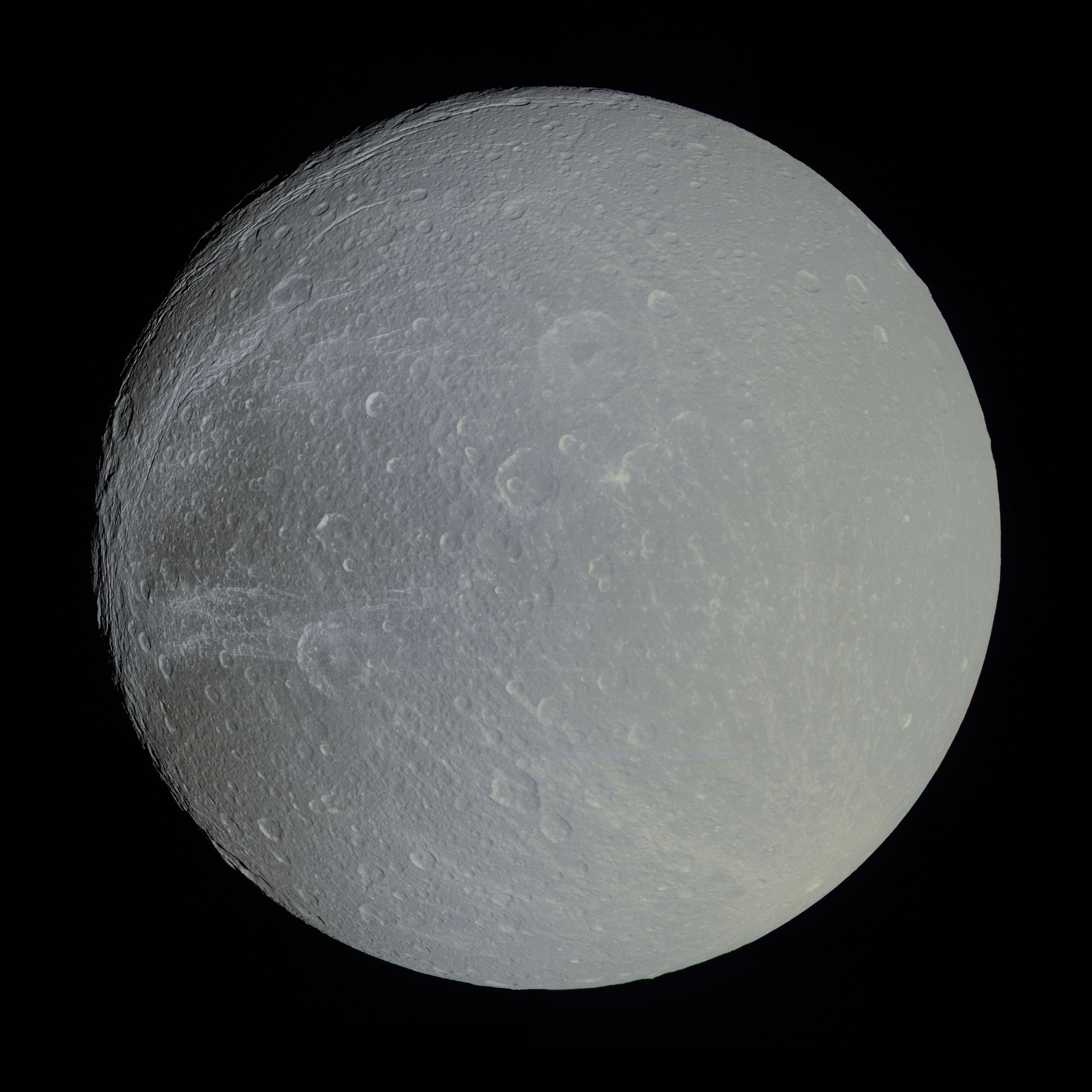 Dione - Satélite de Saturno