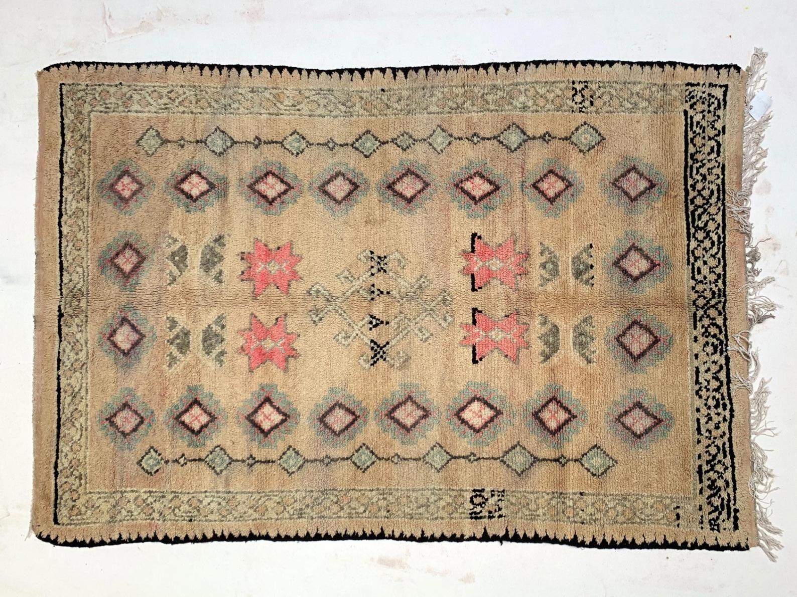 Vintage Bohemian Rug 5x8 Handmade Antique Unique Moroccan Etsy Bohemian Rug Vintage Oriental Rugs Rugs