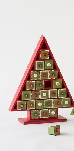 Red-Christmas-Tree-Wooden-Countdown-Advent-Calendar-13-5 ...