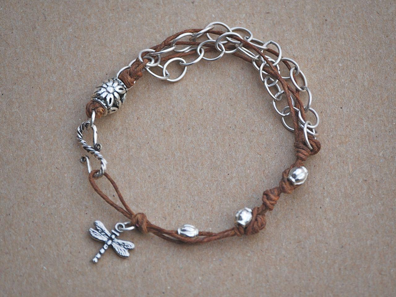 a2c0c4f462c0 pulsera cuero y cadena