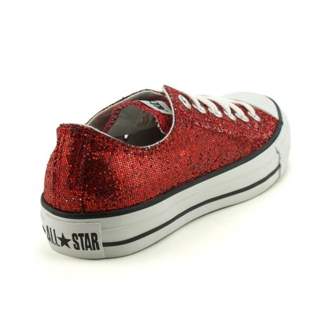 Diy Some Red Glitter Converse For Georgia S Dorothy Costume