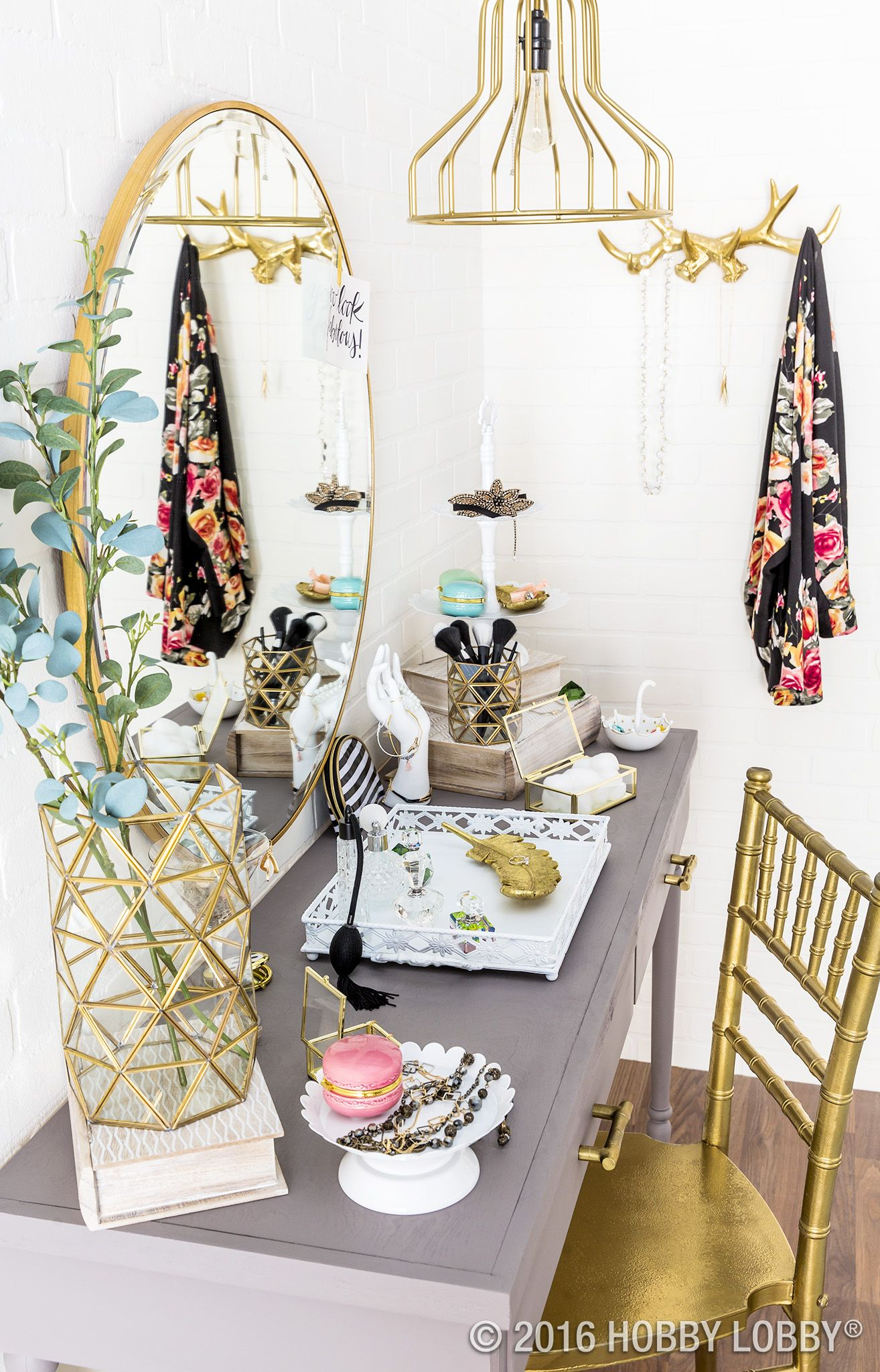 Give your vanity boutiquey vibes with glamorous gold accents