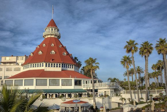 3 Famous Hotels In California