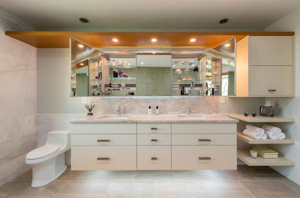 Contemporary Master Bath In Bethesda Maryland Jennifer Gilmer Kitchen Bath In 2020 Contemporary Master Bathroom Master Bathroom Design Luxury Master Bathrooms