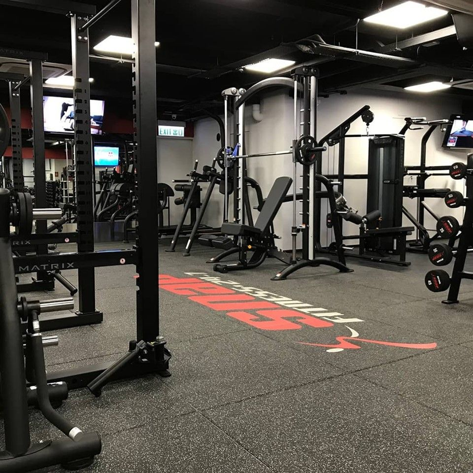 Neoflex Premium Gym Tiles With Inlaid Snap Fitness Logo At The New Snap Fitness Prince Edward In Hong Kong Congratulation Gym Design Interior Gym Design Gym