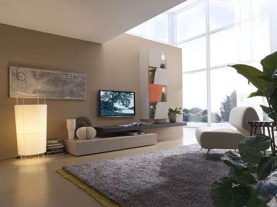 Idee per arredare casa con il color sabbia - Parete soggiorno ...