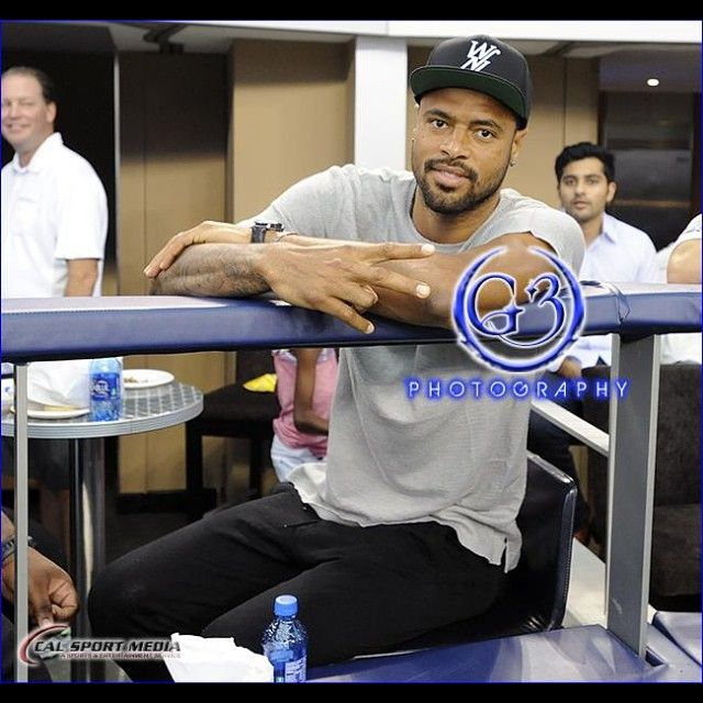 #nba champion #dallasmavericks center #tysonchandler was in attendance for #dallascowboys v #sanfrancisco #49rs @dallasmavericks_ #sportsphotography #nfl