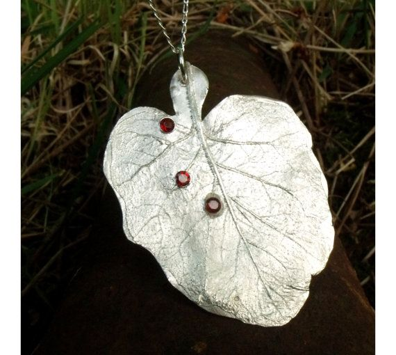Three Drops  Fine Silver Handmade Leaf shape Pendant door AtelierQ, $89.00