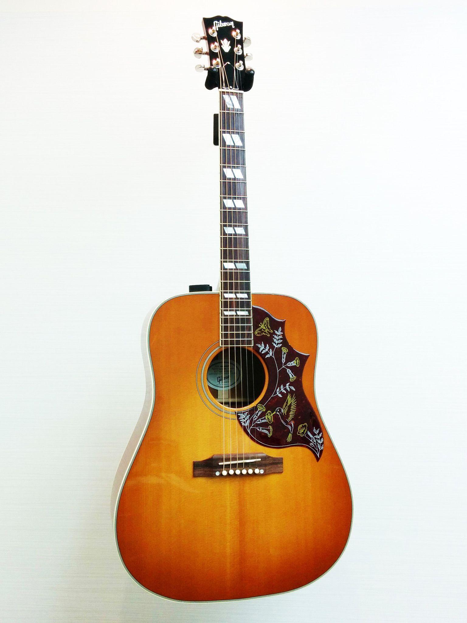 Gibson Hummingbird Acoustic Guitar W Original Hsc Guitars For Sale Guitar Gibson Guitars