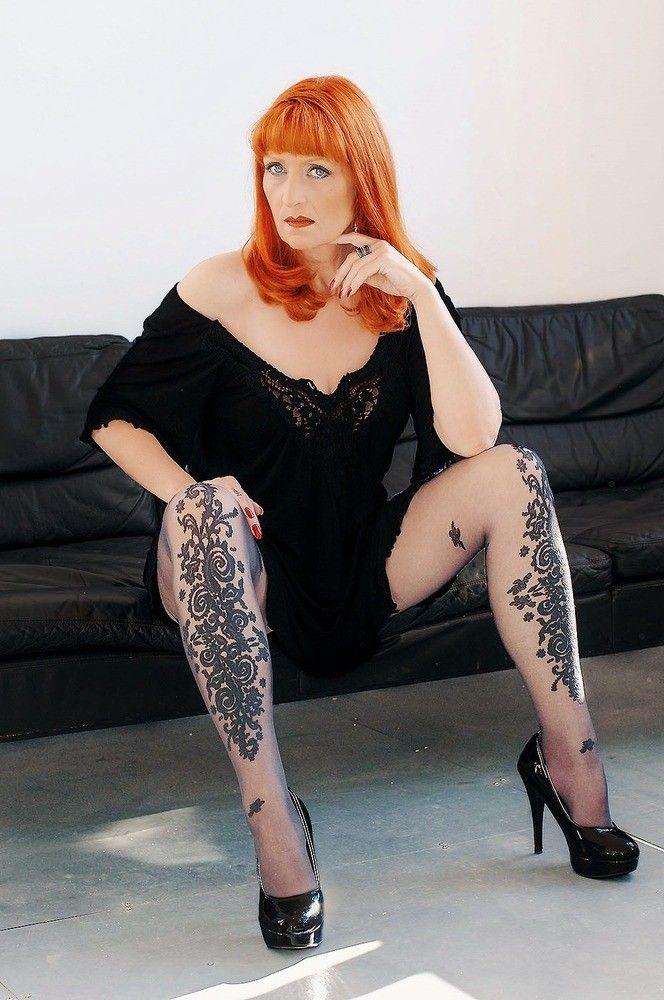 Pin auf Older Gorgeous Redheads