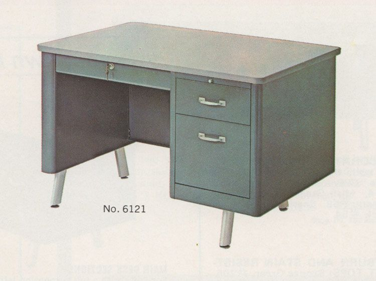 Etonnant Vintage Office Desk The Jr Executive Desk Steel Industrial Furniture From  The 70s