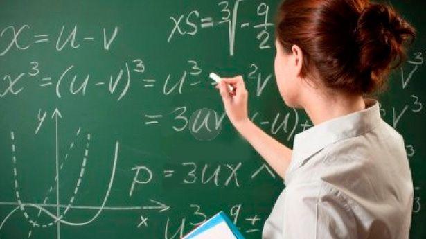 Educadores se capacitan para cambiar la forma de enseñar matemáticas en el país