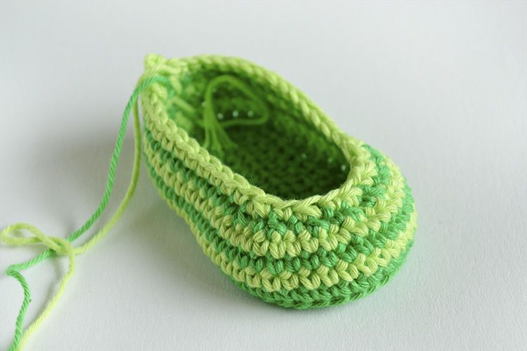 GREEN ZEBRA – Crochet Baby Booties FREE | Croby Patterns | Baby ...
