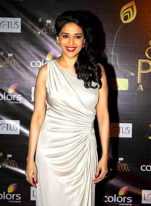 Colors Golden Petals Awards 2012: Madhuri Dixit