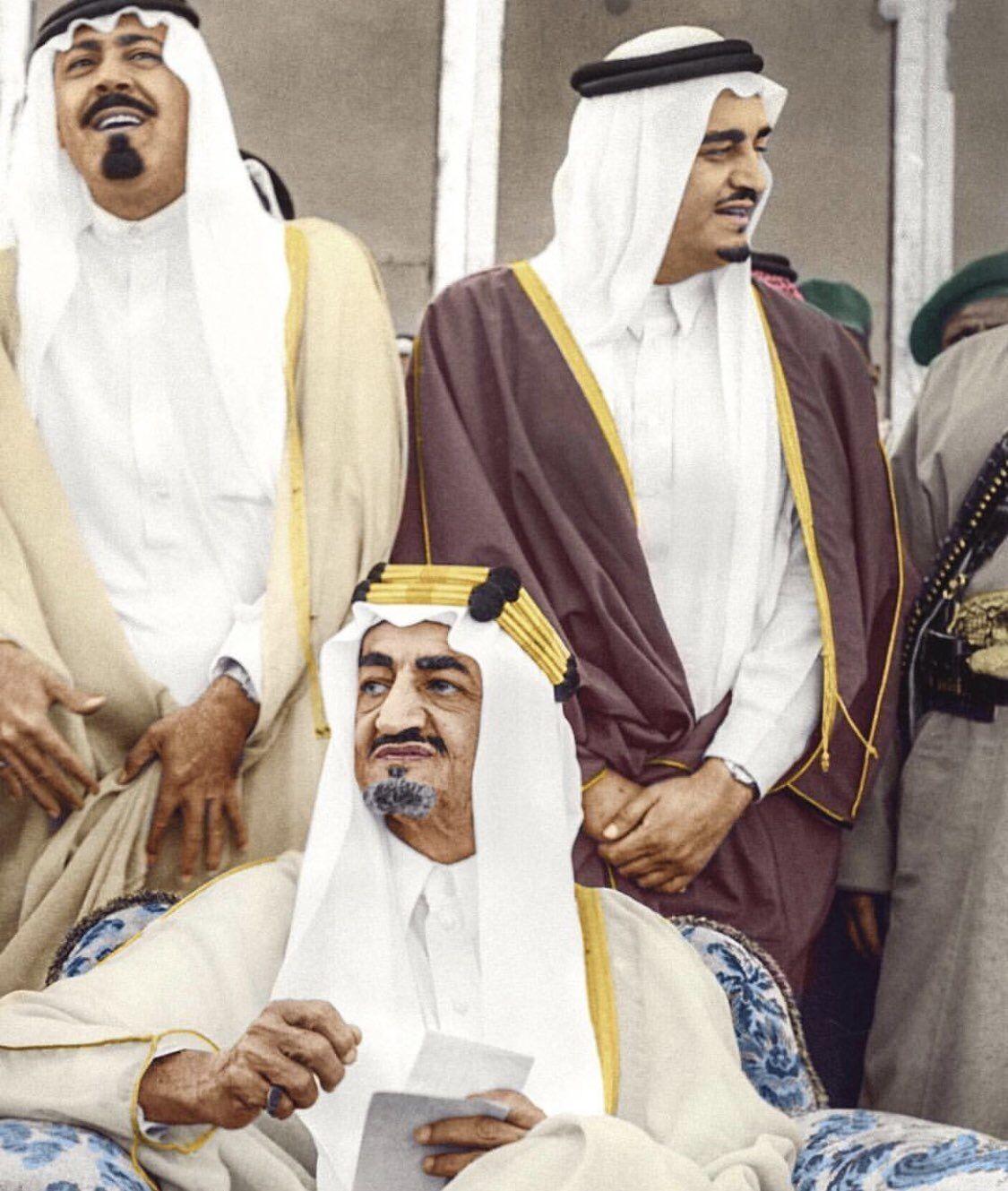 Pin By Othman Amri On إنتماء Saudi Arabia Culture King Salman Saudi Arabia Handsome Arab Men