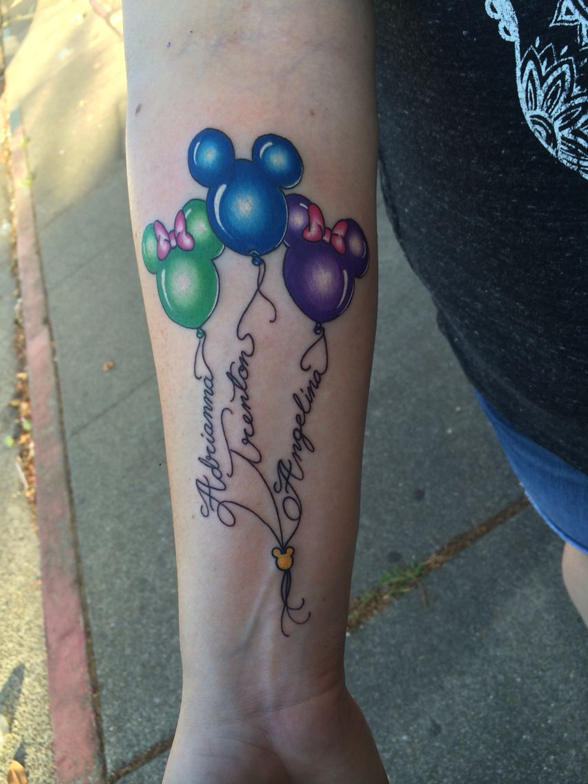 Kids Name On Disney Balloons Done By Matt Robinson In Vacaville Ca