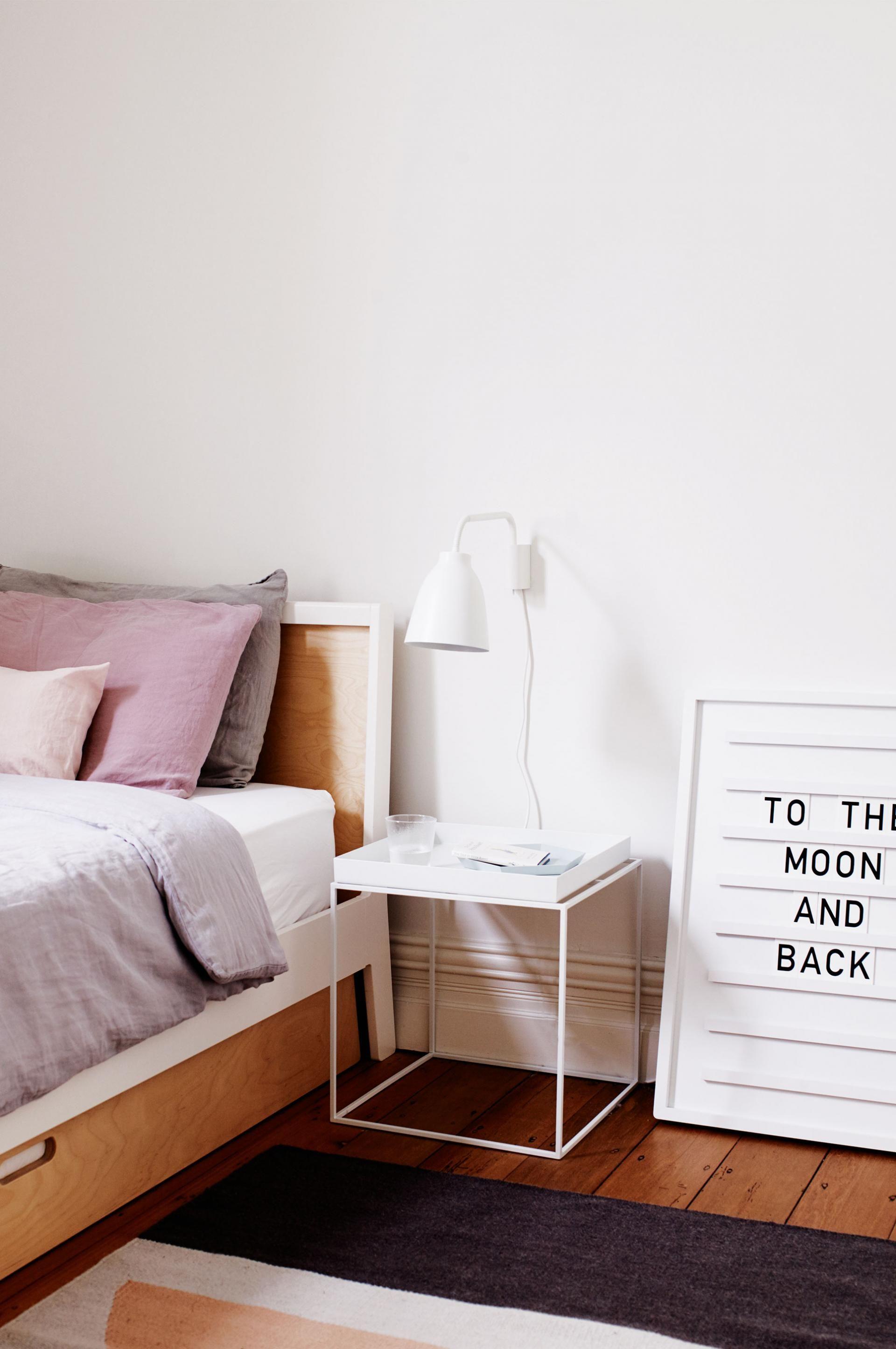 Hay - nachtkastje? | Het huis moodboard | Pinterest | Schlafzimmer ...
