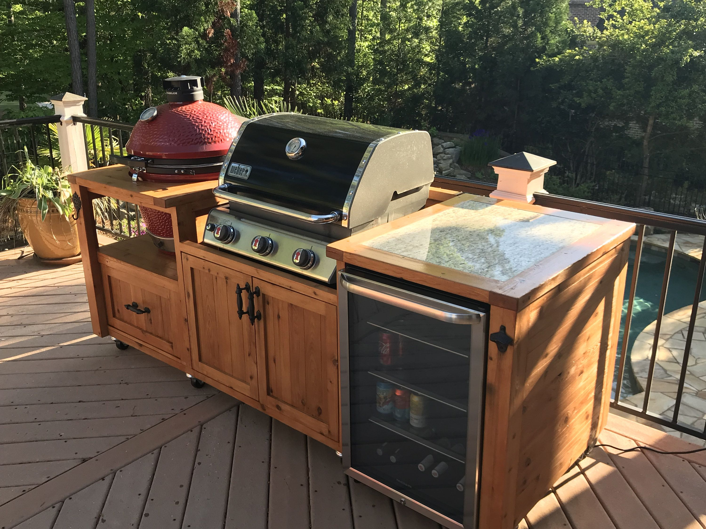 Custom Outdoor Kitchen Dual Grill Cabinet Beverage Bar And Grill Tables For Big Green Egg Kamado Joe Primo Akorn Vision And More Outdoor Kitchen Decor Kitchen Grill Outdoor Kitchen